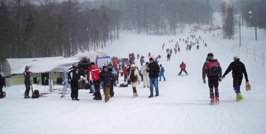 Učiteljima i trenerima skijanja u Hrvatskoj odgovara  globalno zahlađenje