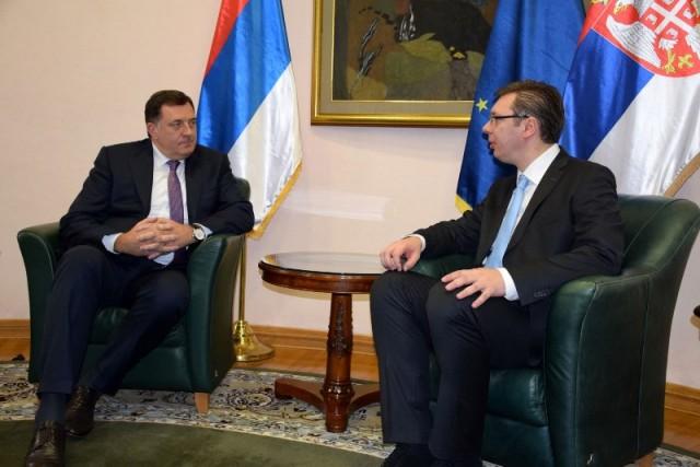 Službeni Zagreb se okreće Srbima