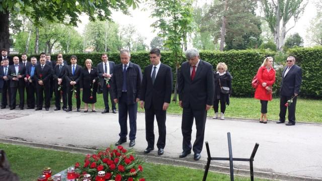 Picula, Obersnel, Linić i Komadina traže ostavku Milanovića
