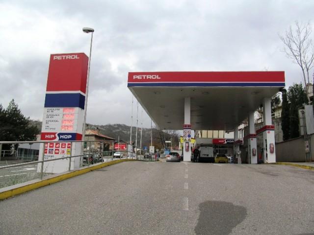 U Sloveniji, Austriji i Mađarskoj je benzin puno jeftiniji nego u Hrvatskoj