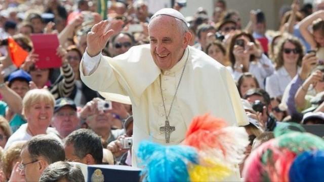 Papa Franjo pozvao na cijepljenje jer je to etički čin