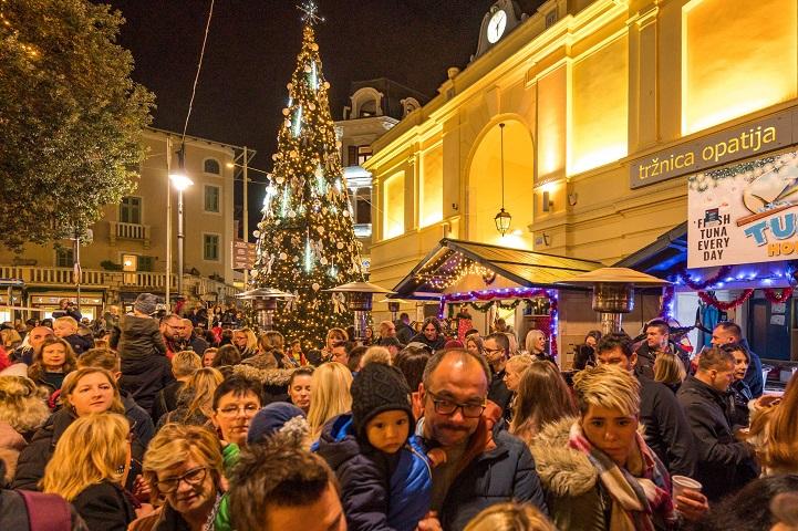 Advent u Opatiji: Koncert Marka Tolje i veliki party za vikend kao uvod u četverostruki doček Nove godine