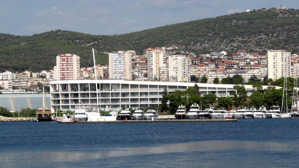 """Godišnje hrvatske turističke nagrade 2020. u kategoriji """"Čovjek – ključ uspjeha, djelatnik godine"""""""
