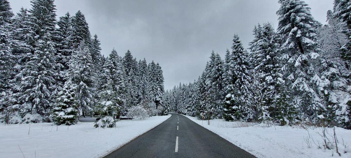 Gorski kotar danas pun snijega