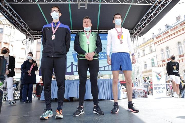 Torpedo Runnersi na Osječkom Ferivi polumaratonu