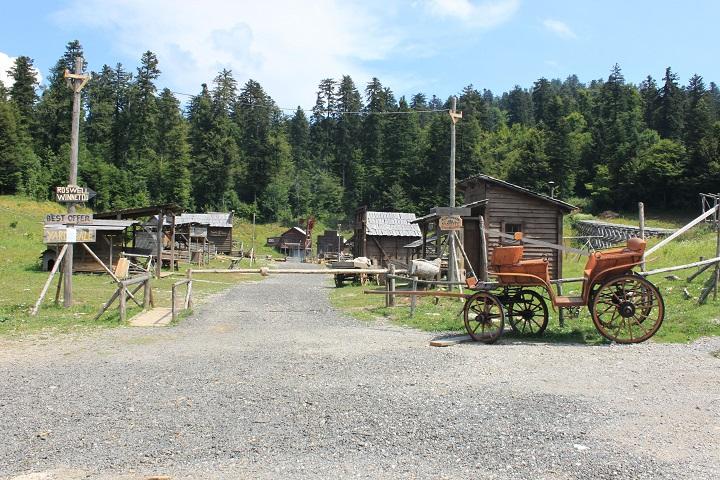 Roswell selo – putovanje na Divlji zapad