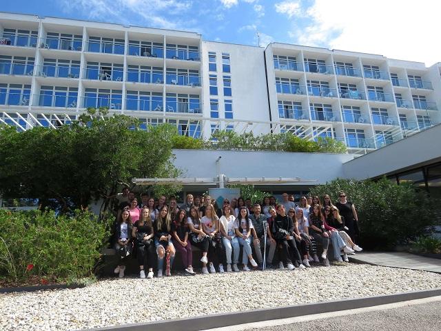 Aminess na Krku ugostio srednjoškolce iz područja pogođenog potresom